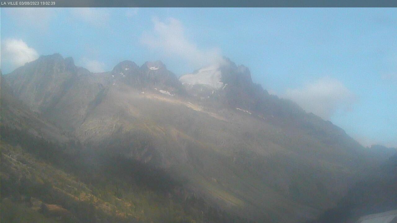Image zoom depuis la caméra de St Christophe en Oisans